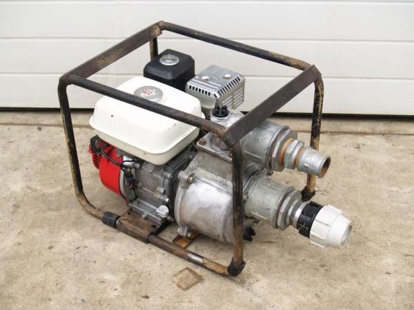 Wasserpumpe mit Benzinmotor