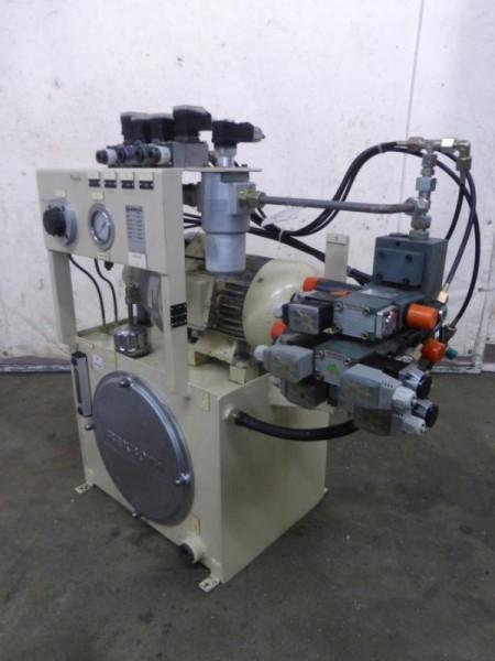 Hydraulikaggregat mit Hydraulikpumpe, Hydraulik Aggregat von Drehmaschine GILDEMEISTER CT60