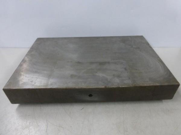 Mess- und Anreißplatte Stahlguß stark verrippt