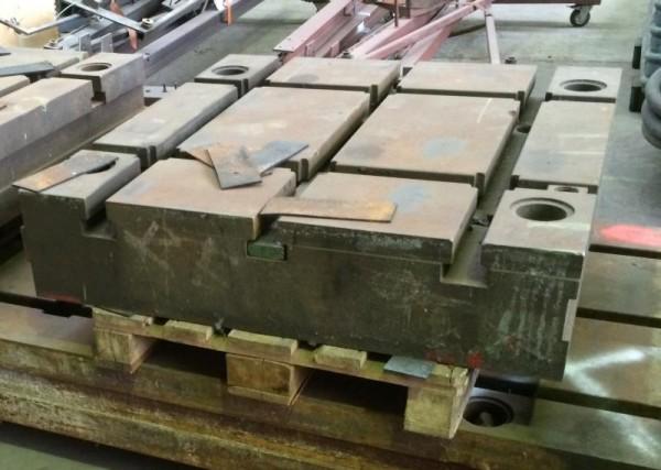 Aufspannplatte mit T-Nuten aus Stahlguß-Grauguß T-Nutenplatte vom Plattenfeld