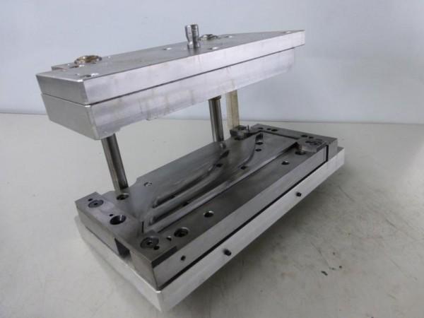 Pressenführungsgestell, Säulenführungsgestell für den Werkzeugbau